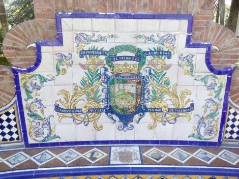 Escudo de Málaga en la Glorieta del Festero
